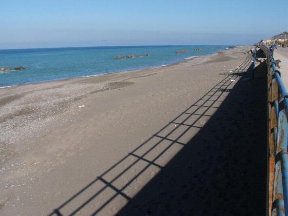 Foto spiaggia lungomare ligabue for Subito case vacanze sicilia