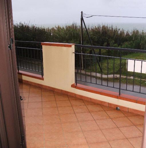Case vacanze sicilia capo d 39 orlando terrazzo con vista for Subito case vacanze sicilia