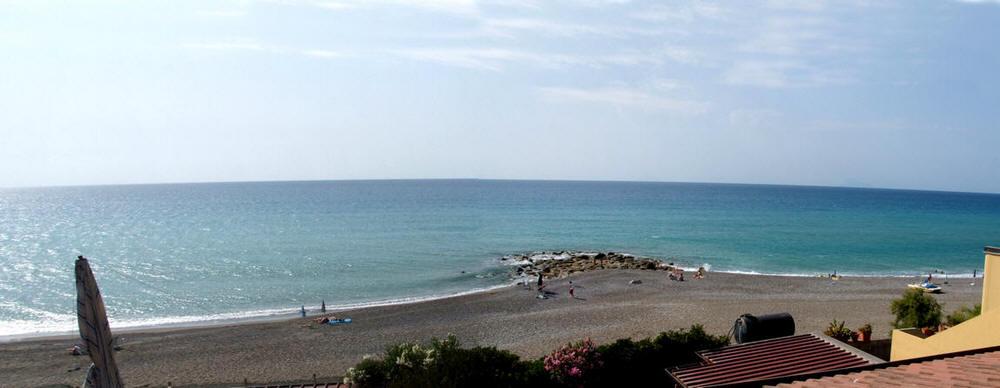 La bella spiaggia sotto casa casa vacanza a capo d for Capo artigiano cod
