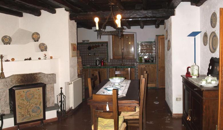 Cucina Soggiorno - Villa Casa Vacanze a Rocca di Capri ...